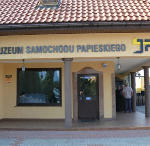 Muzeum Samochodu Papieskiego JP2