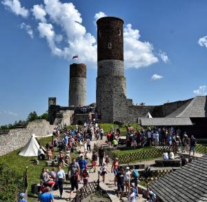 Zamek Chęciny - Zamek królewski w Chęcinach