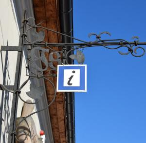 Punkt Informacji Turystycznej w Chęcinach