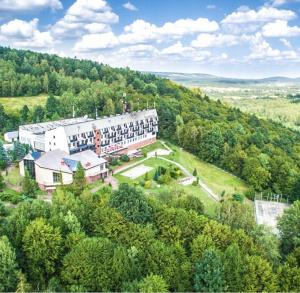 Wiosenny pobyt w Górach Świętokrzyskich w Hotelu Przedwiośnie