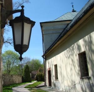 Pokoje gościnne przy klasztorze na Karczówce